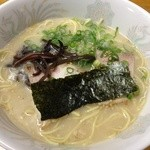 博多とんこつ 大晃ラーメン - ラーメン670円
