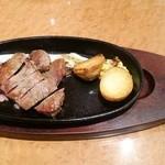 肉パル - ステーキセット(ステーキ)