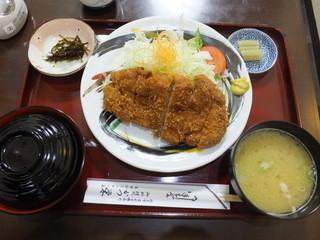 かつ栄 - ロースかつ定食 税込¥1150