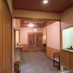 新三浦 - 玄関内側