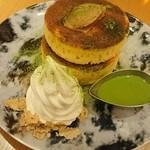 48418687 - 七穀バターと抹茶カスタードソースのパンケーキ