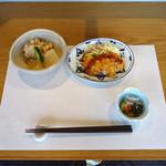めぐたま - スタッフの一汁三菜