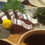 居酒や つくし - 料理写真:カツオのお刺身♬