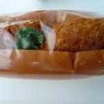 小麦館 - コロッケパン