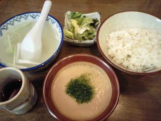 利助 浜松町店 - 麦とろ定食 2010.7.27