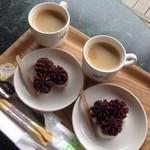 カフェ・ドゥ・パン - 絞り出した餡が可愛い