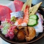 48443311 - 海鮮丼(600円)2016年3月
