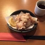 天晴酒場 - おそばだけではアレなので、おつまみ部門からたこ天ぷらをチョイス