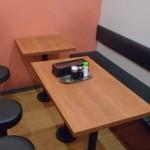 華むすび - テーブル席
