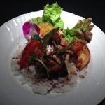 48456173 - フォアグラと野菜の丼