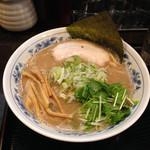丸玉 大勝軒 - ラーメン(200g)800円