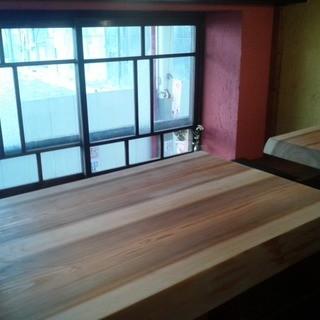 テーブル席の半個室
