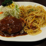 キッチンTiKi - ハンバーグ・スパゲティセット(ナポリタン)