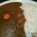 48469236 - マドラスカレー(大):800円+生玉子:50円(=850円)