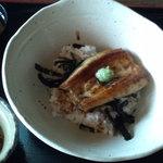 和乃食 ほてい - うなぎ白焼き丼