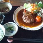 和乃食 ほてい - 煮込みハンバーグ定食