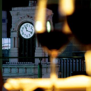 銀座の象徴、和光の時計台がすぐ目の前にある絶好のロケーション