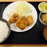 48473880 - 日替わり定食(カキフライ)680円