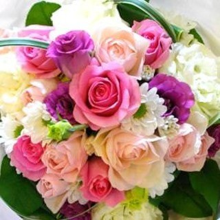 歓送迎会や記念日・誕生日祝いには花束とケーキでサプライズ!