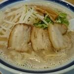 喫茶Live - 旨とんこつらーめん(麺大大)