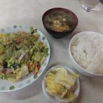 新星食堂 - 野菜炒めライス600円