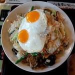 48482117 - 野菜炒めチャーハン800円/28年3月撮影