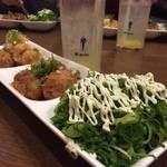 たこ焼き マン福 - ランパスでワンコインおやつ✨たこ焼き3種盛りは、おろしポン酢・だし醤油・ネギマヨソース(o^^o)+選べるドリンクはゆず茶にしました( ´ ▽ ` )ノメッチャ美味しい✨