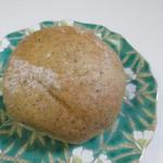 ほのか - アールグレイとクランベリーとホワイトチョコのパン160円。