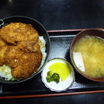 柏屋食堂 - ヒレソースカツ丼(ヒレ3枚)1050円