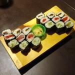 寿司居酒屋のぼる - 細巻寿司3本750円
