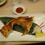 酒と肴 久保田 - ぶりかま焼き