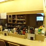 酒と肴 久保田 - カウンター席