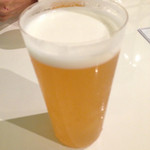 ビヤバタフライ - 箕面ビール。 念願の『ゆずホ和イト』大ジョッキ1000円。