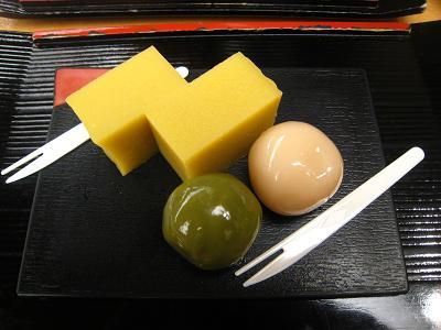 舟和 本店 - 芋ようかんとあんこ玉