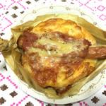 キャトルセゾン - ソーセージチーズパン