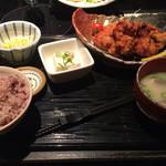 餃子鍋 A-chan 北新地 - あーちゃん名物鶏の唐揚げ定食