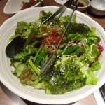焼肉匠 満炎 - サラダ:チョレギサラダ。