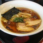 麺創なな家 - 麺創なな家 。醤油+炙りチャーシュー20100819(愛知県豊田市)食彩品館.jp撮影