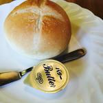プリマベーラ - ランチのパン