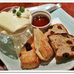 48507532 - ハニークリームチーズ