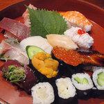粋月 - 料理写真:【上にぎり(1.5人前)2250円】松山市内の寿司店と比べても引けを取らないハイクオリティー
