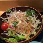 うまい鮨勘 - ランチについてきたサラダ