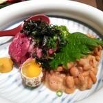 食家 螢 - 桜肉と納豆