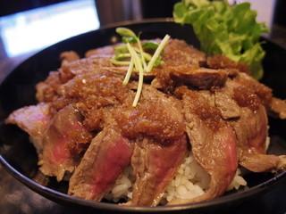 the肉丼の店だいにんぐ 高田馬場店