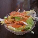 シモンズ - サラダです