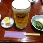 とり庄 - 生ビール:680円、お通し:500円