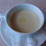 近江牛レストラン ティファニー - セットのスープ