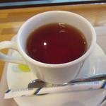 アンリー・ファルマン - 紅茶