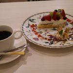 シスターズ カフェ - 料理写真:ケーキセット