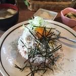 しらすやガーデン - 釜あげしらす丼 ¥850